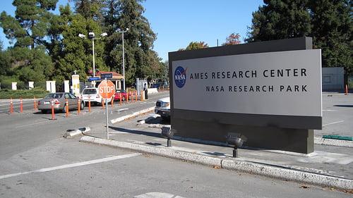 Recorriendo una base de la NASA y Singularity University